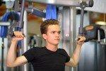 Wat is beter? Trainen met machines of vrije gewichten?
